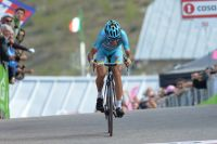 Vincenzo Nibali insiste jusqu'au bout