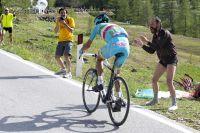 Vincenzo Nibali file vers le maillot rose