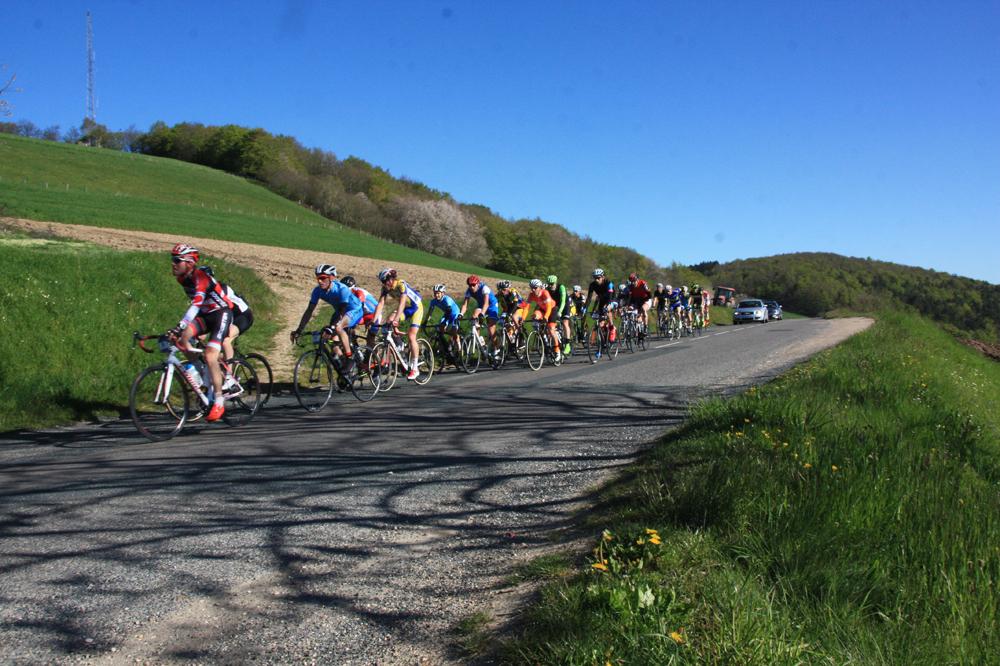 3 cols materiel 3 cols pour l 39 ascension actualit v lo cyclosport - Jour de l ascension 2017 ...