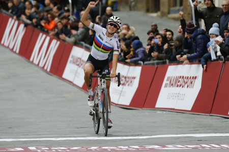 Armitstead remporte les Strade Bianche 2016