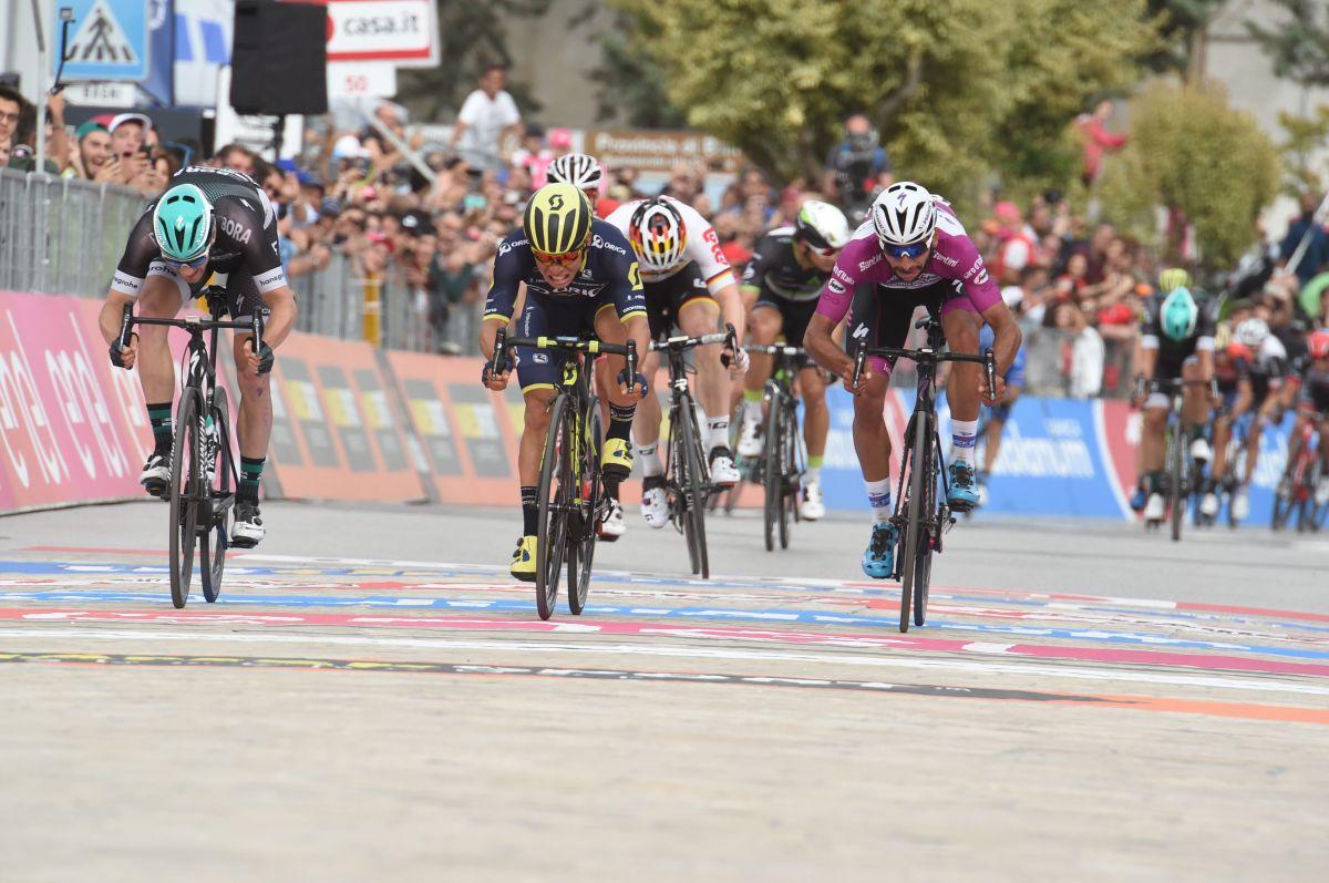 Caleb Ewan vainqueur sur le Giro