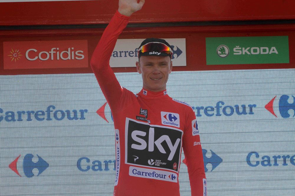 Chris Froome reste en rouge