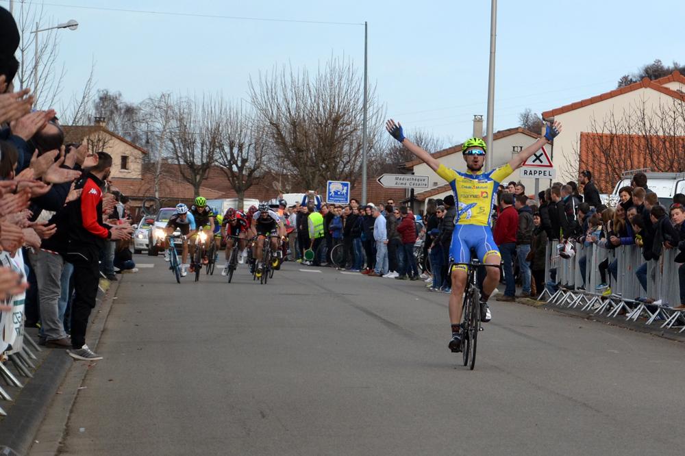 Clément Carisey vainqueur au Bédat