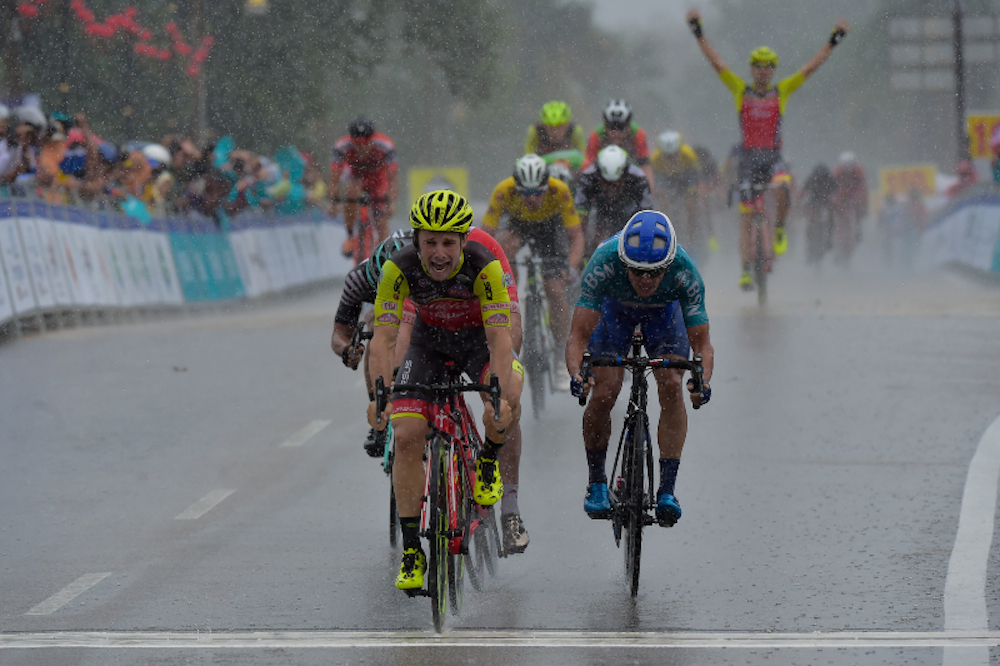 Jakub Mareczko s'impose sous la pluie