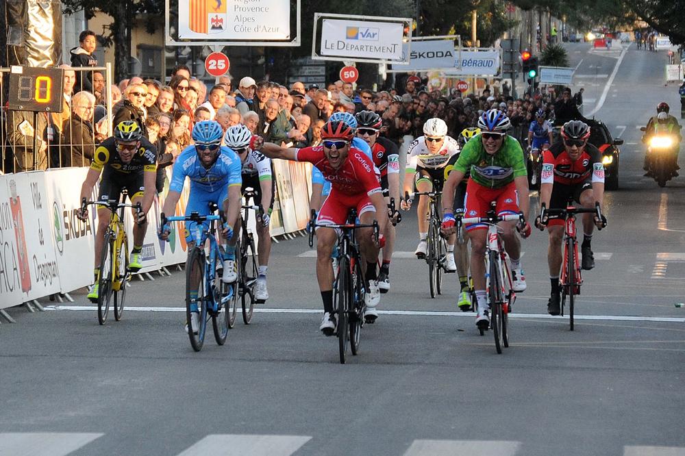 Victoire au sprint de Julien Simon à Draguignan