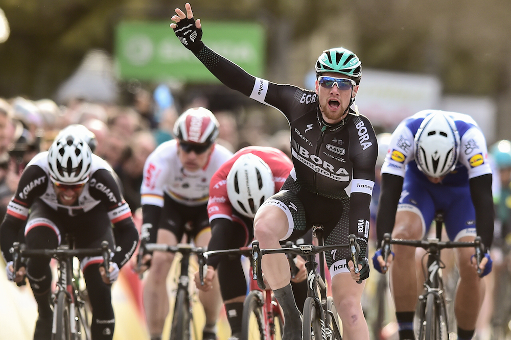 Sam Bennett s'impose sur Paris-Nice