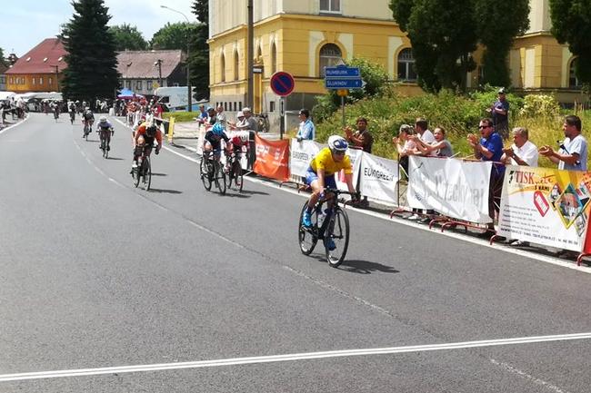 Ruth Winder vainqueur à Jirikov