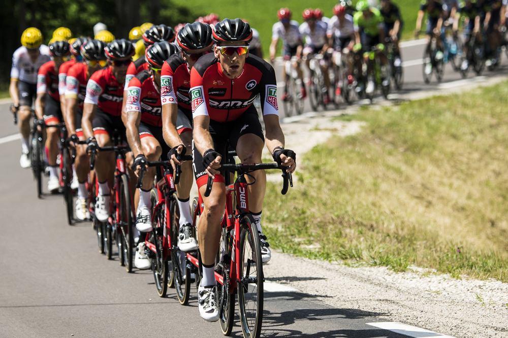 La BMC Racing Team assume le tempo
