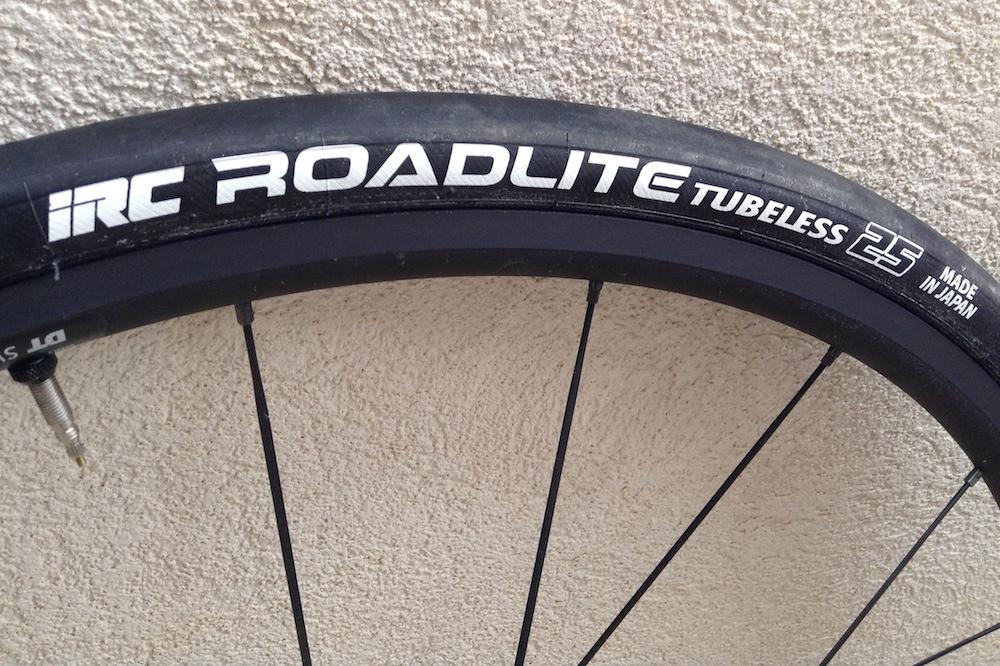 Les pneus IRC Roadlite
