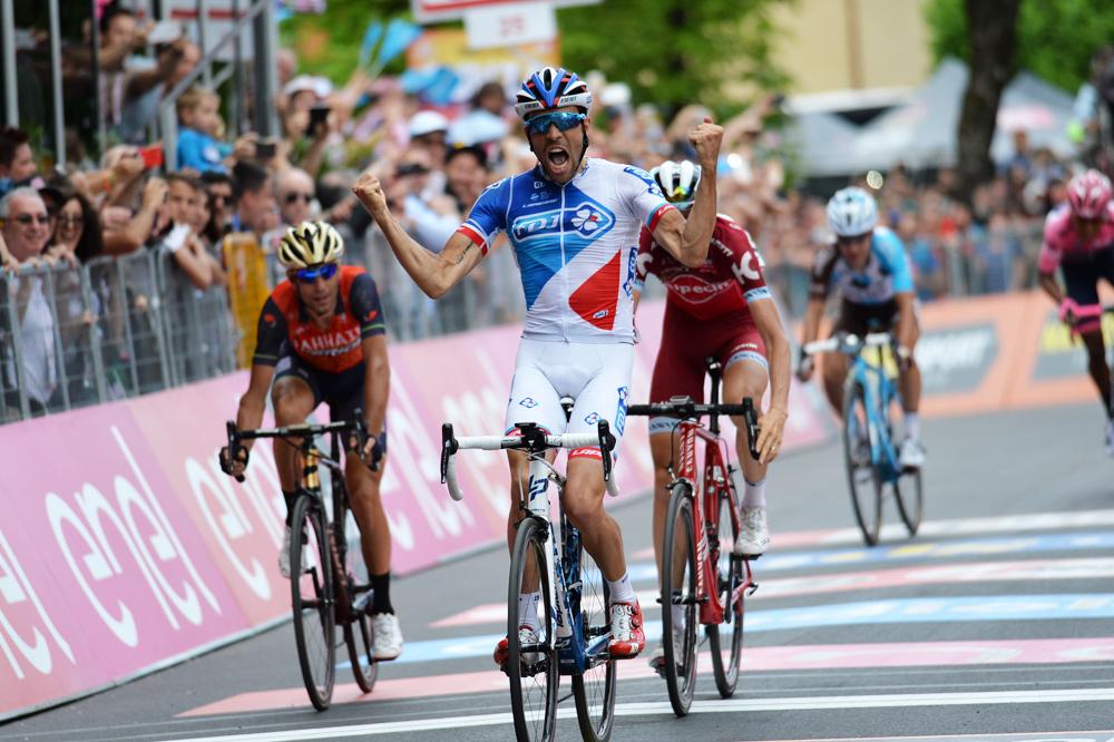 Pinot remporte l'étape, Quintana reste en rose au Giro