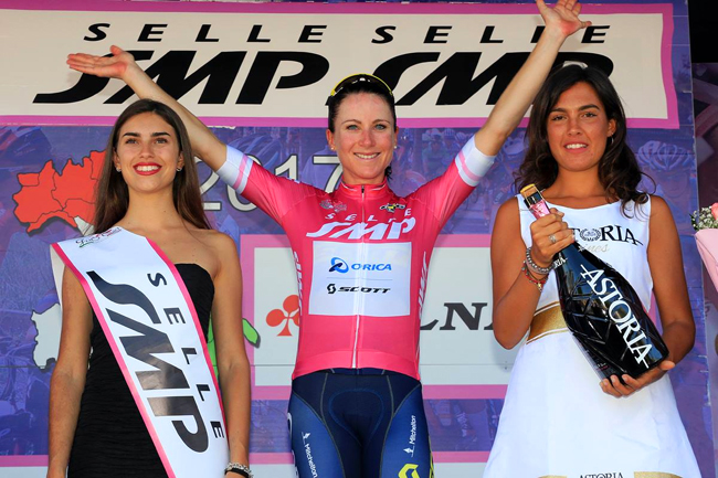 Van Vleuten maillot ciclamino du Giro Rosa 2017
