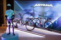 Astana autour de Miguel Angel Lopez et Jakob Fuglsang en 2018