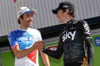 Geraint Thomas félicite Thibaut Pinot, son dauphin