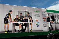 Le camion restaurant de l'équipe Direct Energie