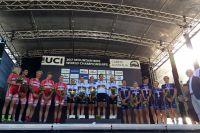 Le podium du XC Relais par équipes