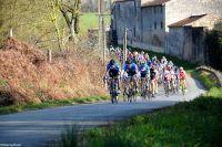 Le peloton du Circuit des Plages Vendéennes reste groupé