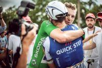 Marcel Kittel congratule Philippe Gilbert