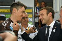 Emmanuel Macron félicite Romain Bardet
