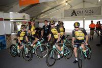 L'équipe LottoNL-Jumbo autour de Robert Gesink au Tour Down Under
