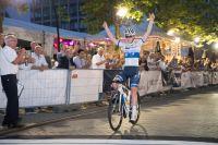 Van Der Breggen gagne la Nacht van Hengelo 2017