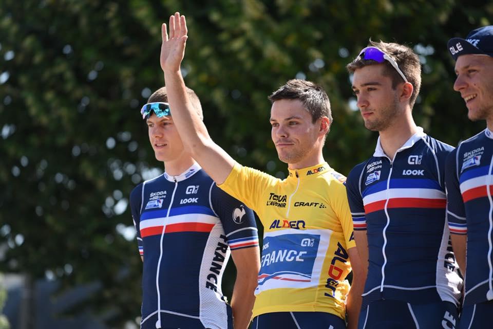 Alan Riou avec le maillot jaune sur le Tour de l'Avenir 2018 2