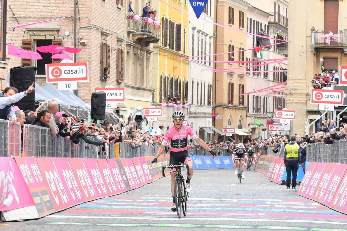 Une deuxième victoire pour Sam Bennett au Giro, Michael Woods se maintient