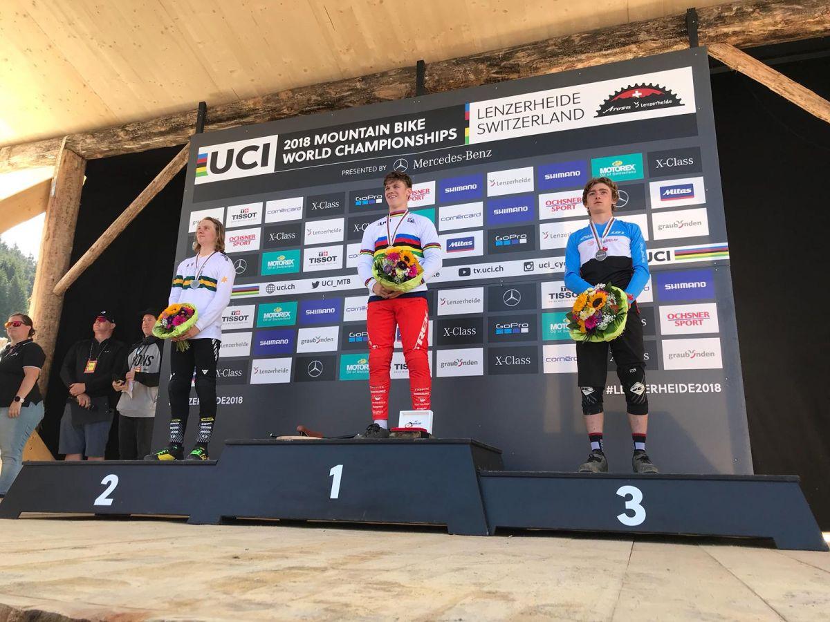 Kade Edwards, champion du monde de VTT de descente chez les juniors