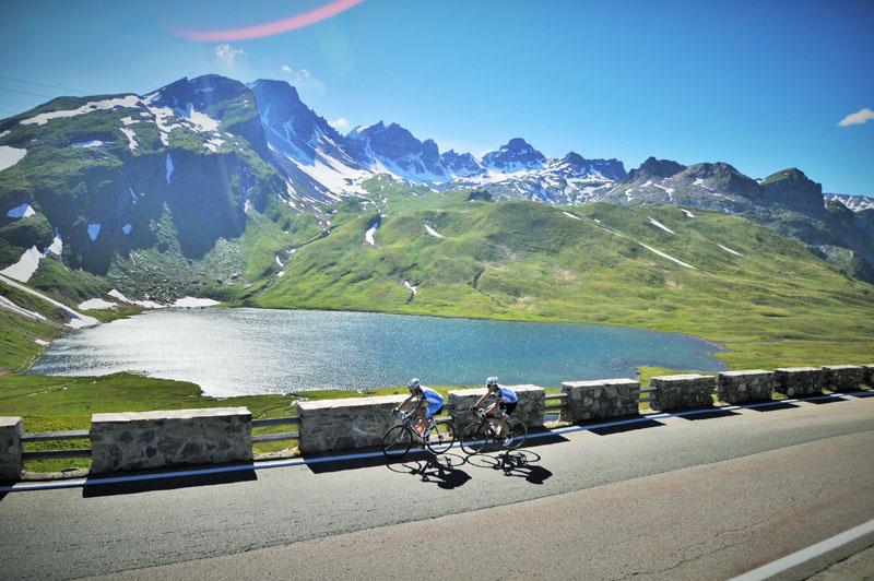 Le tour du Mont Blanc cyclo