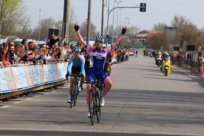 Marta Cavalli (Valcar-PBM) gagne à San Bassano en 2018