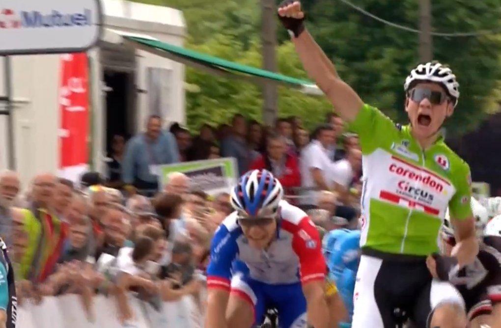 Bouhanni remporte la 3e étape des Boucles de la Mayenne