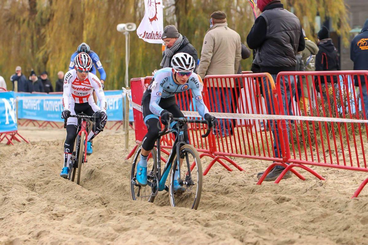 Matthieu Legrand dans le sable
