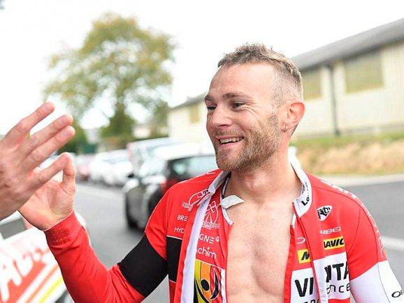 Maxime Cam vainqueur du CLM breton