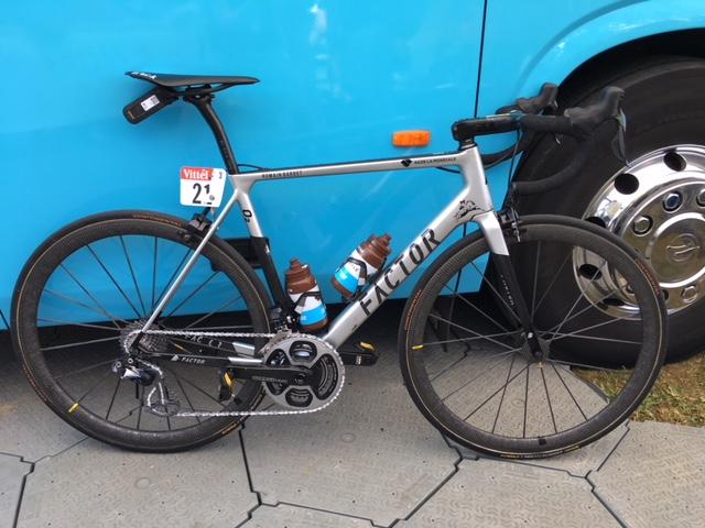 Romain Bardet Bike 1