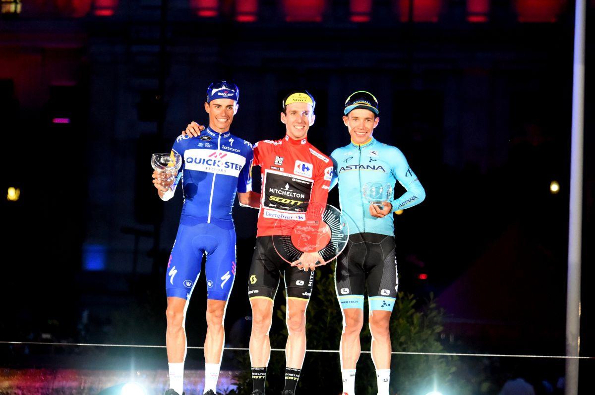 Simon Yates (1er), Enric Mas (2e) et Angel Miguel Lopez (3e)