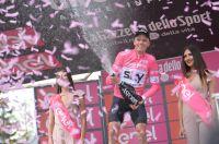 Froome renverse le Giro sur une étape de légende