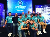 Le staff S1NEO Connect Cycling Team au grand complet