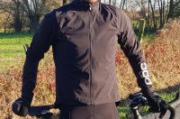 Test de l'Essential Splash Jacket de Poc