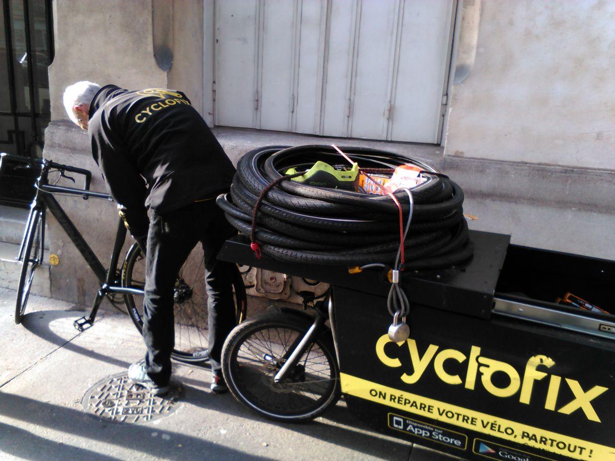 Les nouveaux métiers du vélo - Réparateur à domicile, actualité