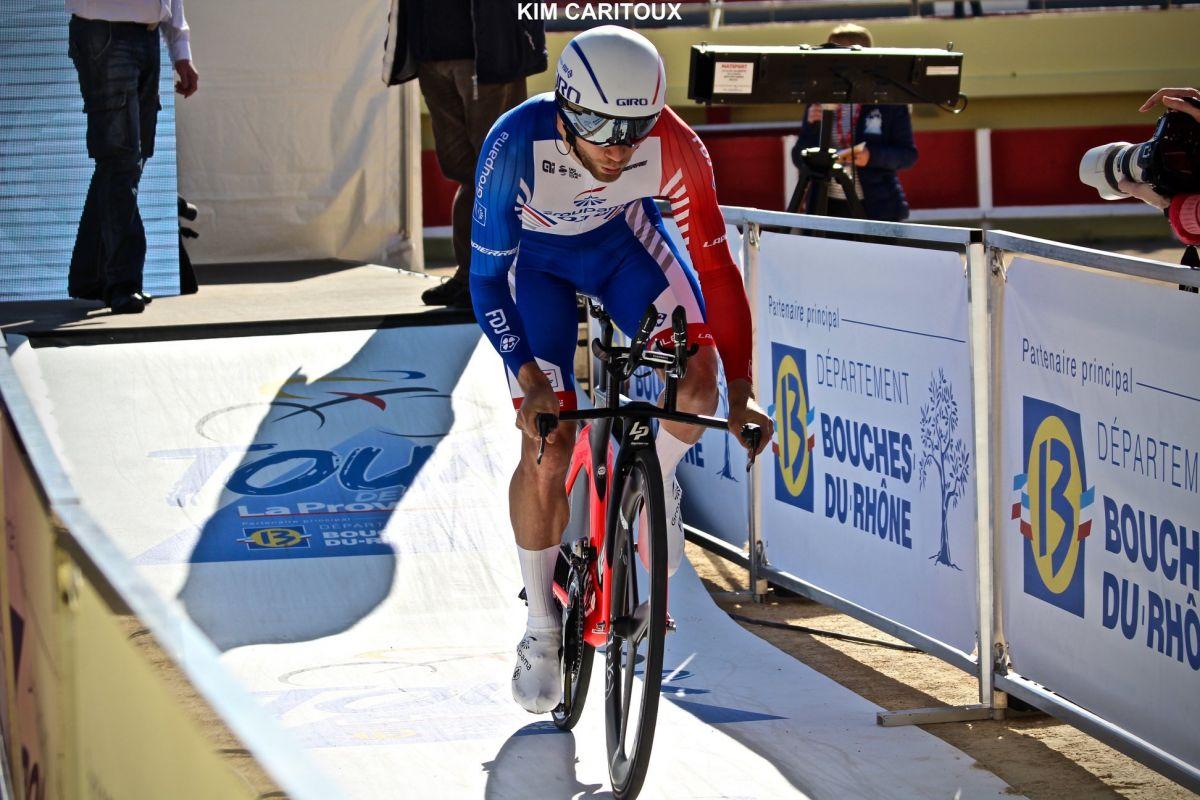 Au départ du CLM du Tour de la Provence