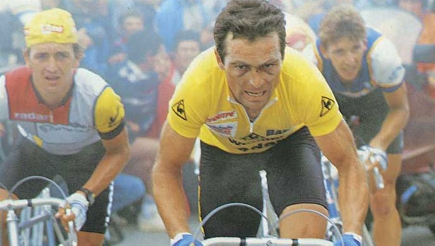 Bernard Hinault dans l'ascension de Luz-Ardiden