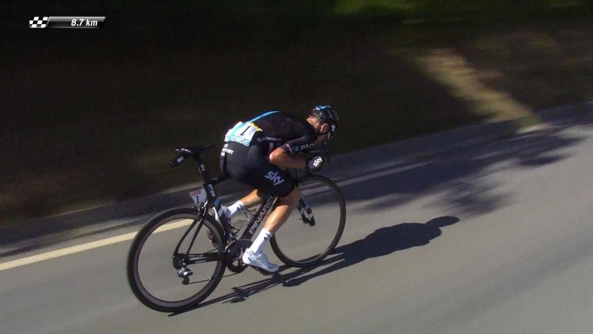 Christopher Froome dans la descente du col de Peyresourde lors du Tour de France 2016