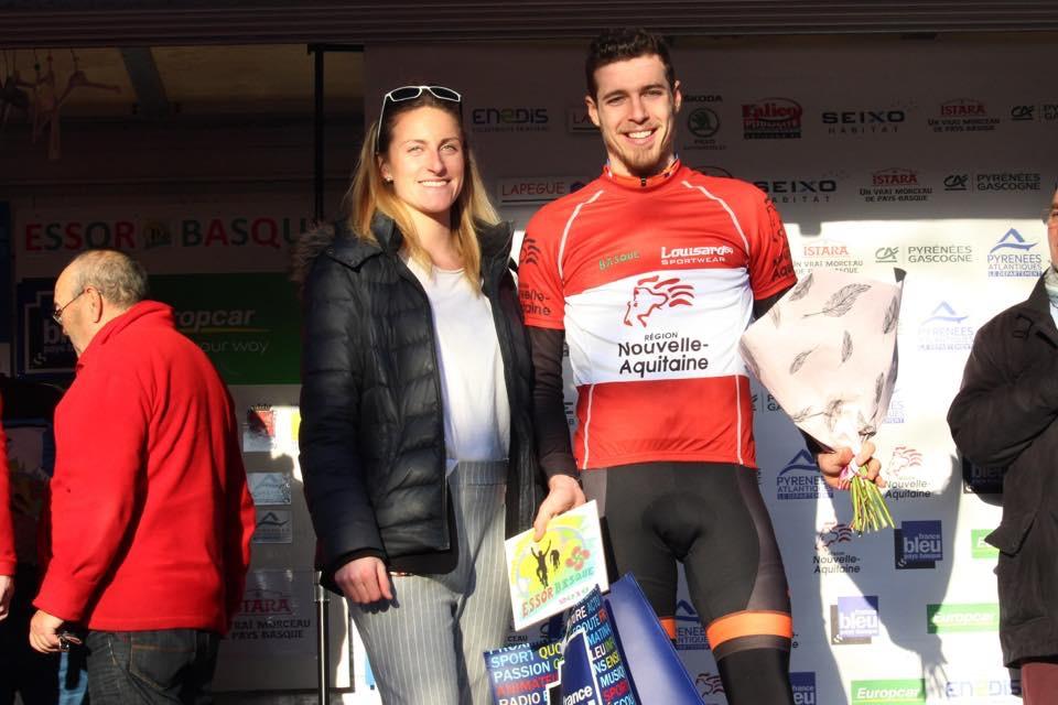 Dorian Foulon avec son prix du meilleur régional