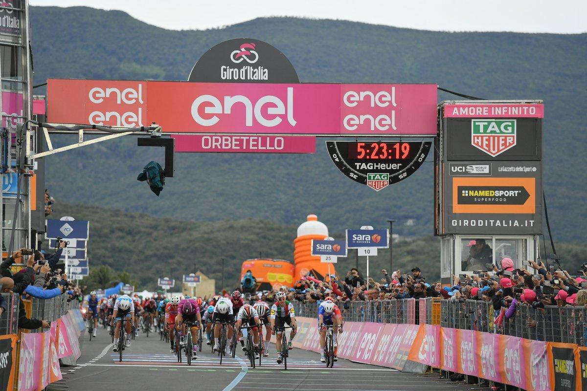 Elia Viviani vainqueur de la troisième étape