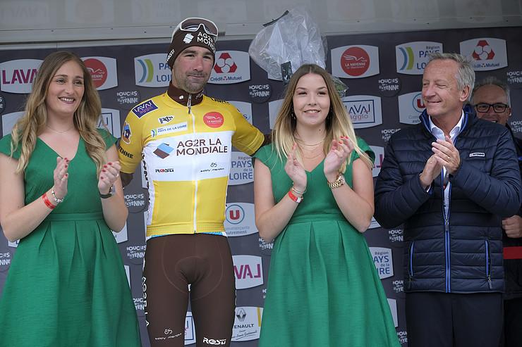 Julien Duval en jaune