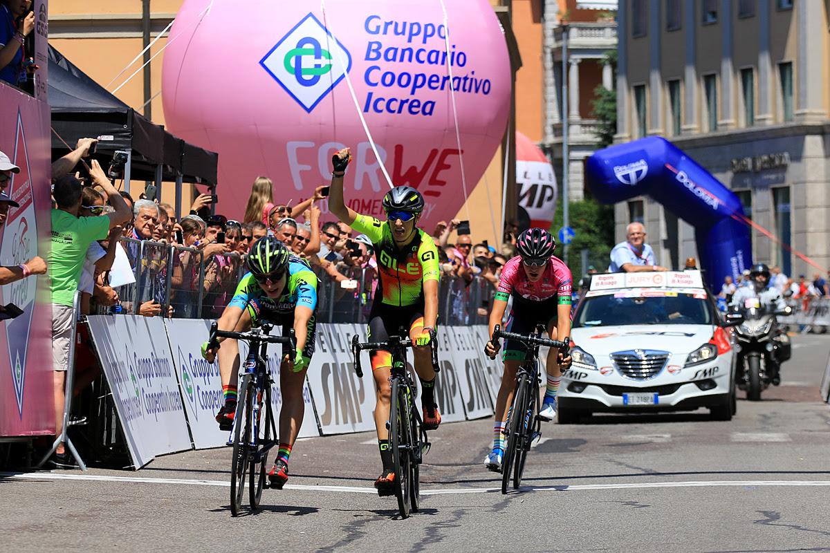 L'arrivée sur la 4ème étape du Giro Rosa