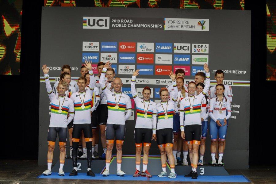 La Hollande remporte le premier titre mondial de CLM par équipes mixte