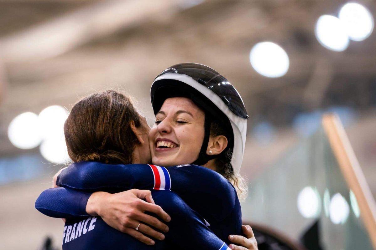 La joie d'un record de France pour les poursuiteuses