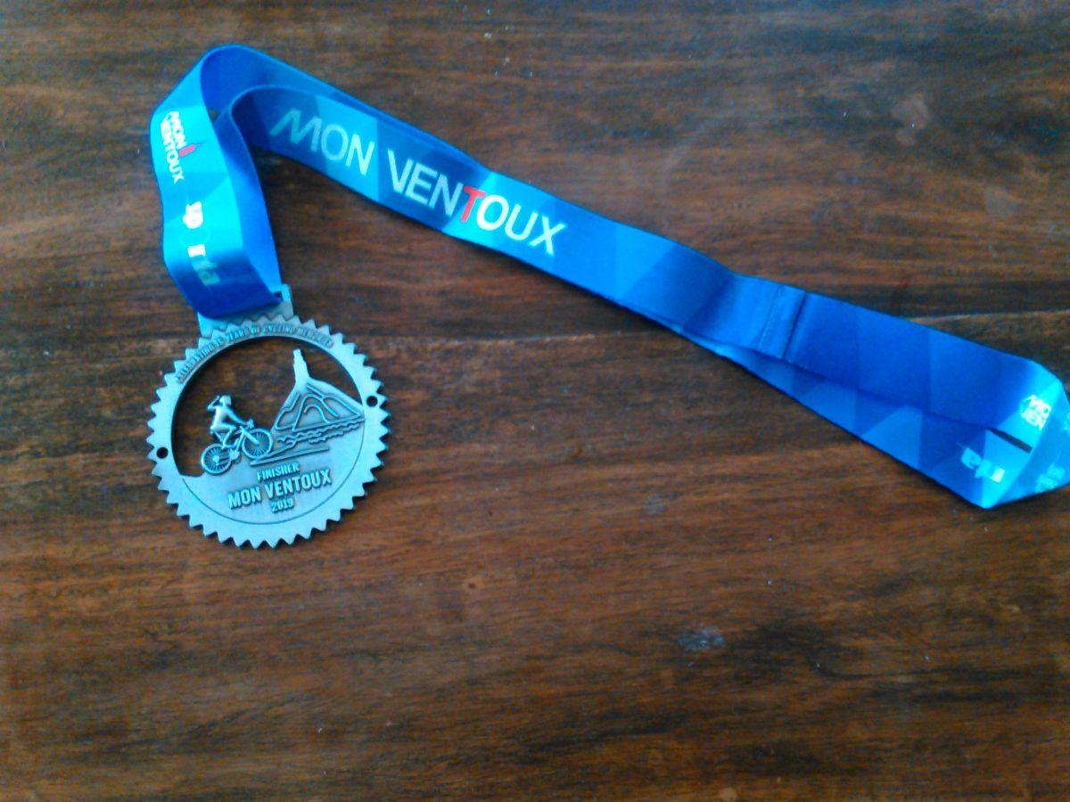 La médaille du Finisher Mont Ventoux 2019