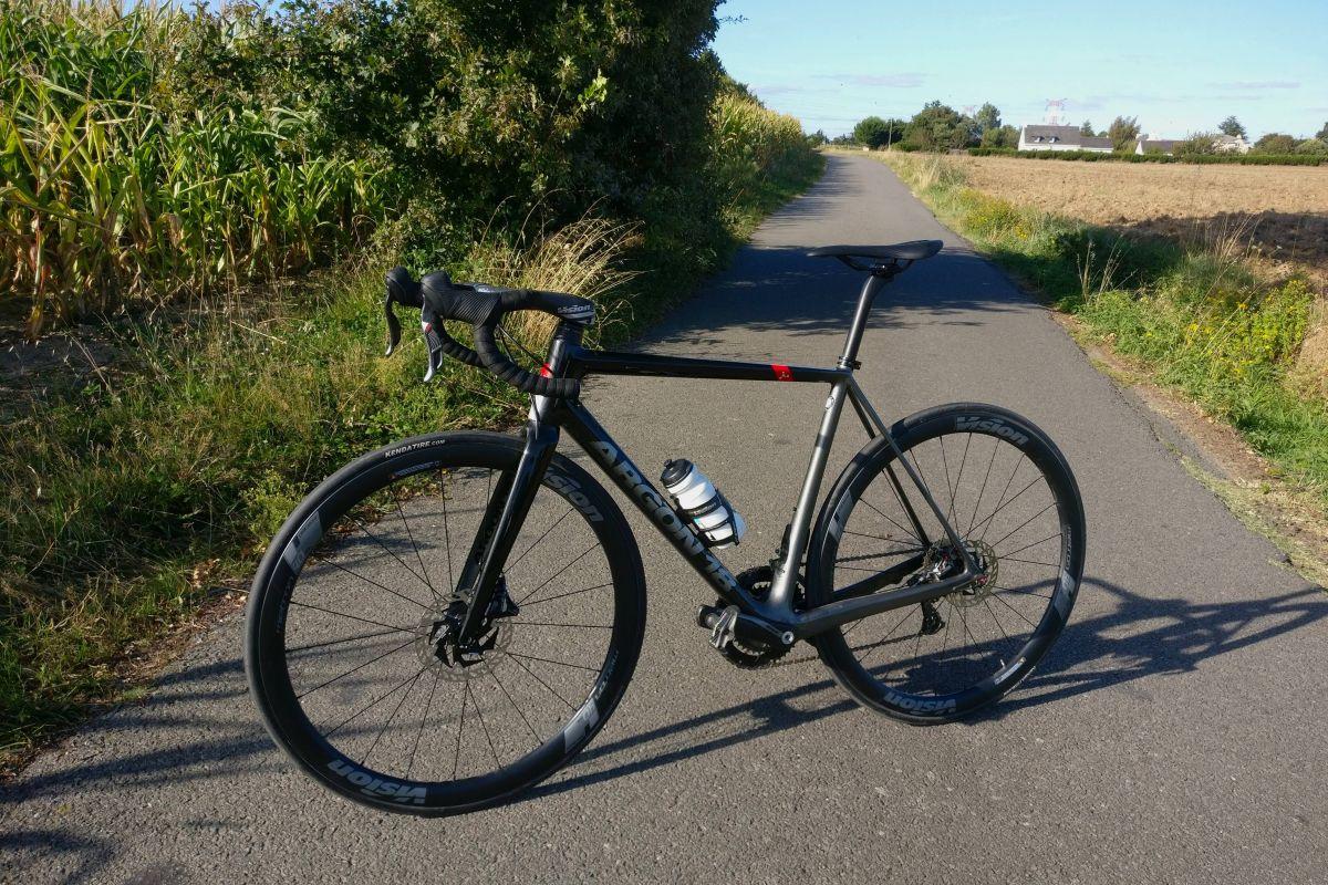 Le Gallium Pro Disc, un vélo aérien lorsque la route s'élève