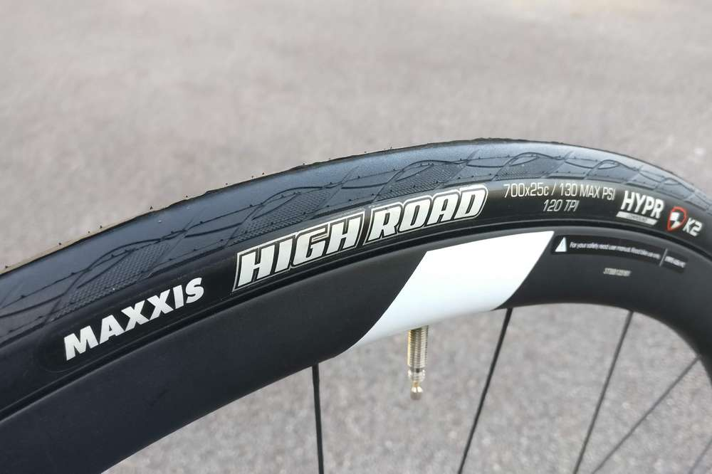 Le pneu Maxxis High Road